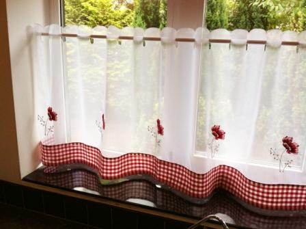 Poppies cafe_small